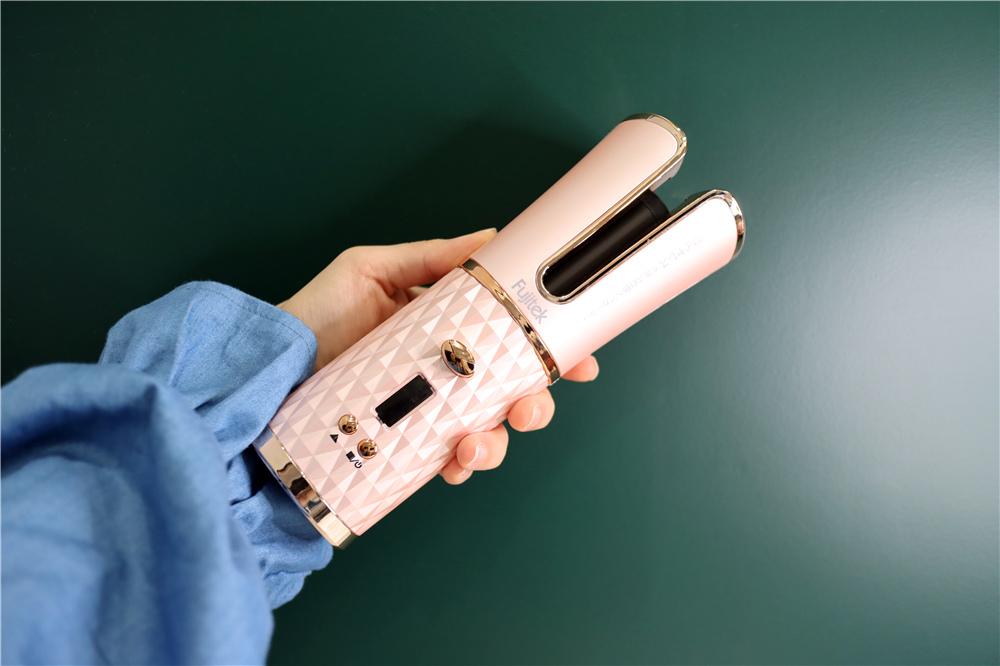 〖 整髮器 〗短髮也可以輕鬆上捲| FUJITEK富士電通 自動捲髮器 陶瓷加熱管 無線充電方便攜帶  (6).JPG