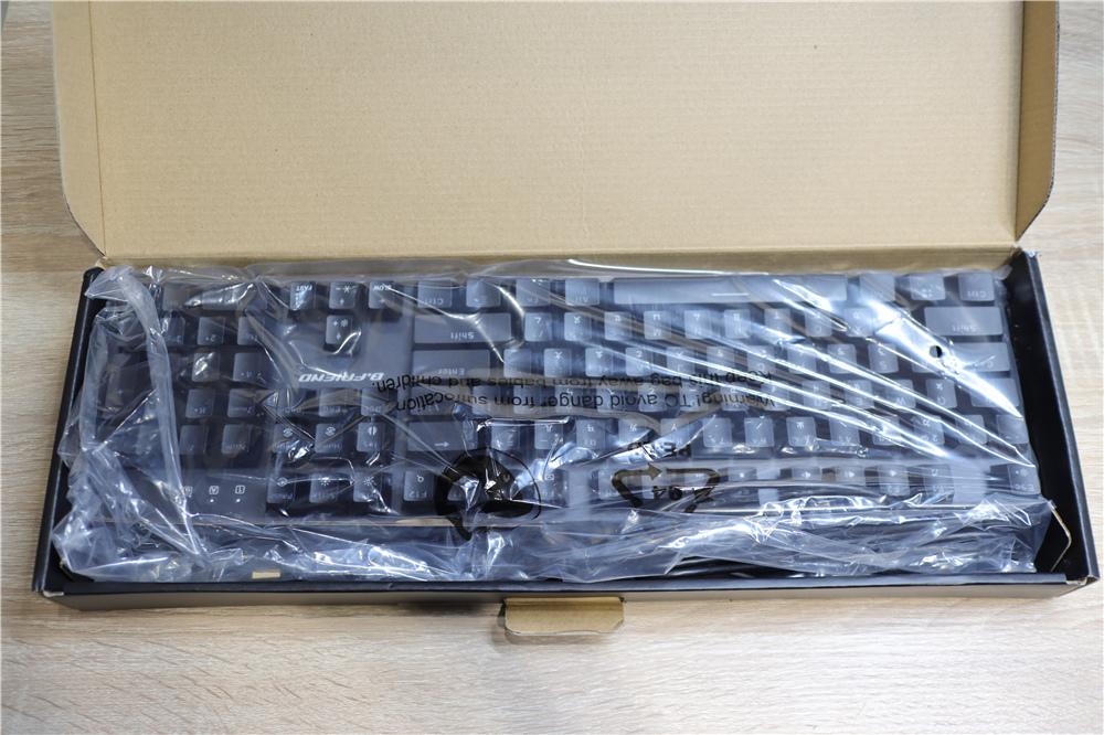 〖 鍵盤 〗B.Friend 電競系列CK1機械光軸有線鍵盤 炫彩RGB燈光 開箱分享|平價電競鍵盤推薦 (6).JPG