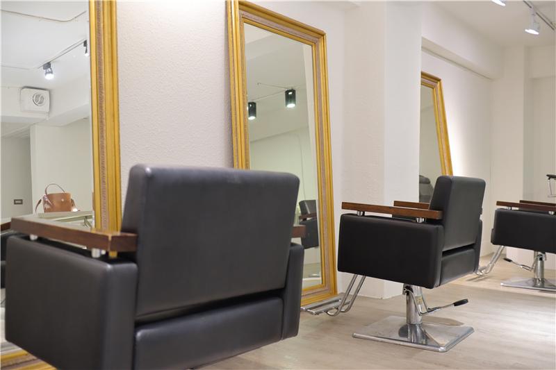 〖 頂級護髮療程 〗護一次抵兩次!西班牙品牌 Innovatis 奢華魚子菁華BTX頂級護髮療程真實心得 (5).JPG