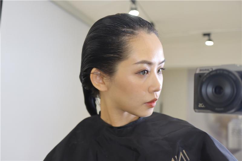 〖 頂級護髮療程 〗護一次抵兩次!西班牙品牌 Innovatis 奢華魚子菁華BTX頂級護髮療程真實心得 (18).JPG