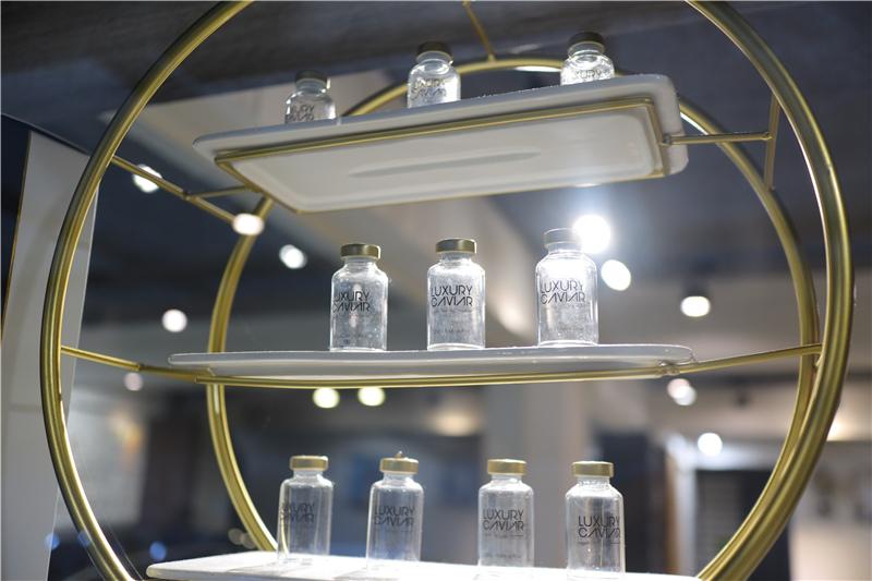〖 頂級護髮療程 〗護一次抵兩次!西班牙品牌 Innovatis 奢華魚子菁華BTX頂級護髮療程真實心得 (24).JPG