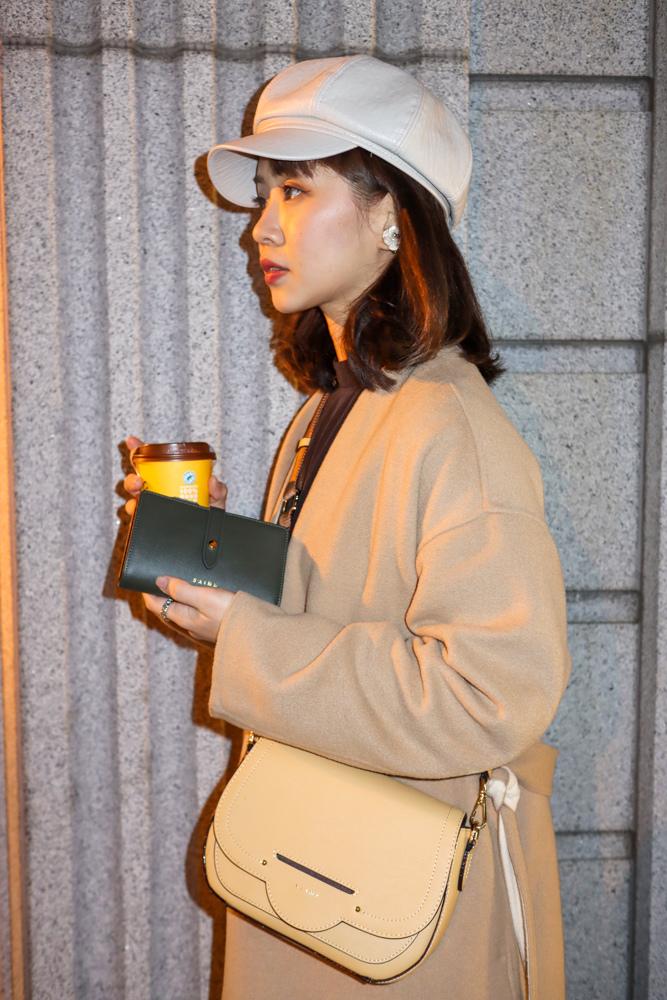 〖 穿搭 〗S%5CAIME 東京企劃 我的愛包分享|真皮仙鏡雙背帶馬鞍包|真皮 COCO MINI 撞色鍊條包|真皮雙釦式拉鍊中夾 (36).jpg