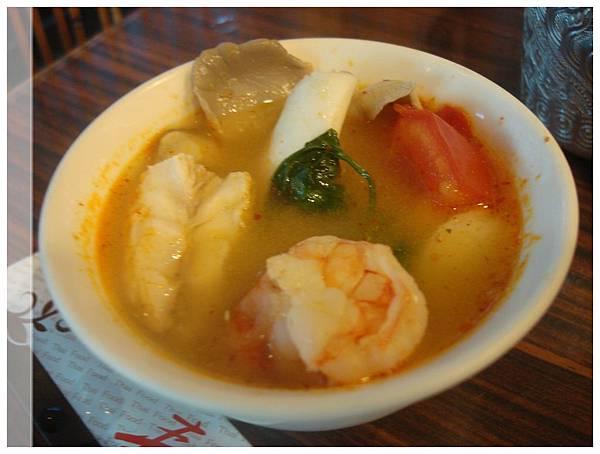 泰味食足-酸辣海鮮湯.JPG