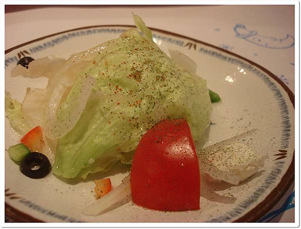 希臘-漁夫海鮮盅之前菜沙拉.JPG