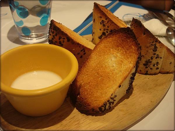 希臘-麵包.JPG