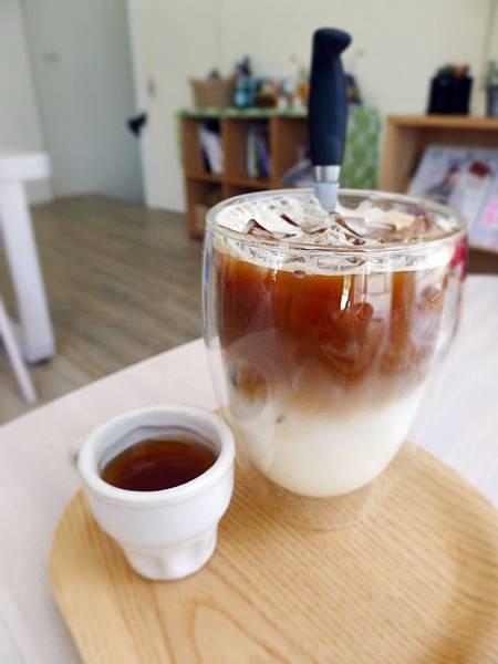 doggie-蜂蜜咖啡