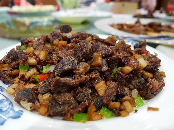 東阿阿膠上品宴-香煎小炒驢肉