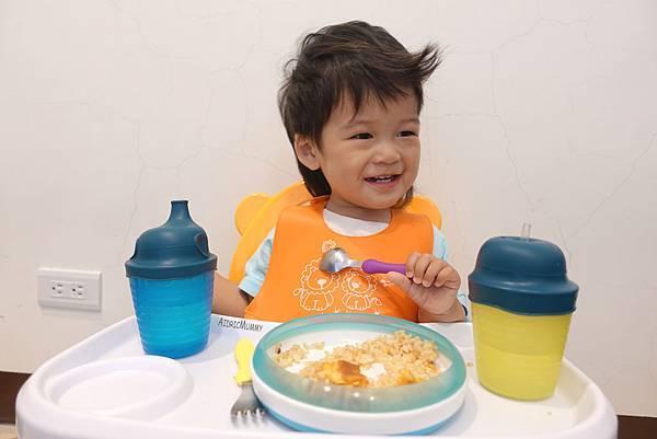 【育兒好物】找防漏的寶寶水杯嗎?災難STOP!Label Label防漏水杯套