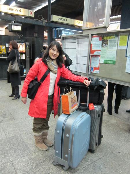 帶著一大堆行李和攝影器材前往克拉克夫.JPG