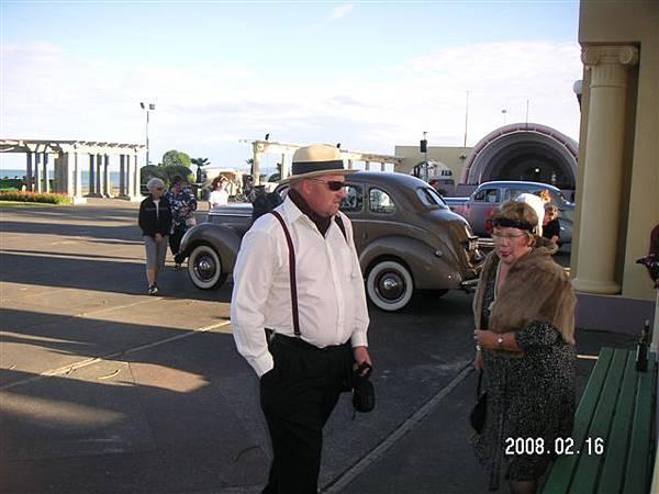 Art Deco 老夫妻