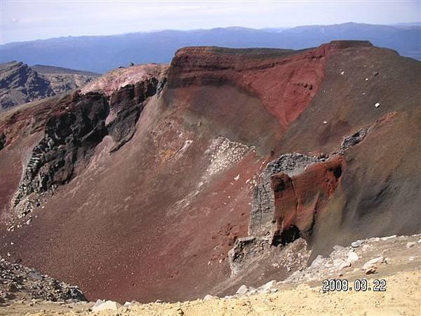 據說是火山造成~