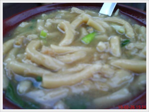 有粗麵條+菜埔+小蝦米+韭菜