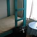 day1 (9)青年旅社裡的小房間