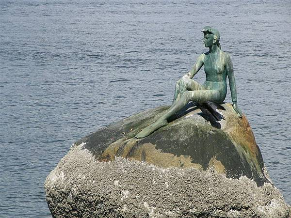 day1 (39)潛水女孩銅像