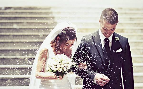 how-to-make-a-wedding-checklist.jpg