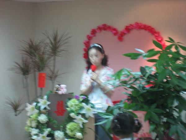 美麗賢惠的司儀candy小姐