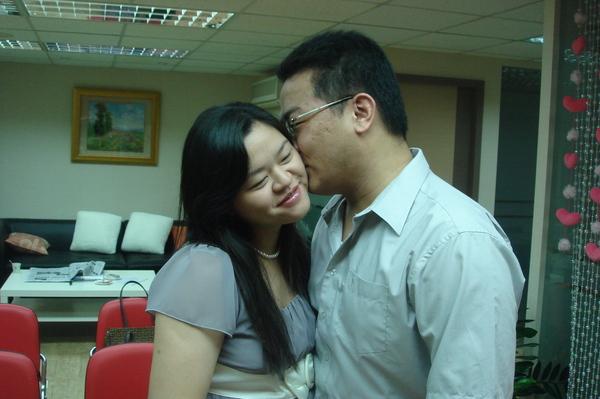 恭喜陳先生VS董小姐結婚