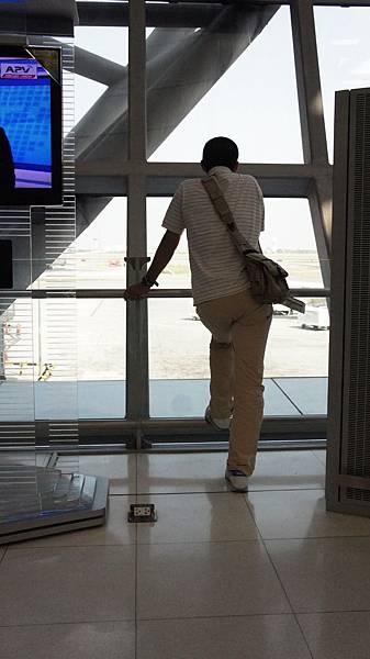 等待轉機中