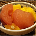 水果多是罐頭裝