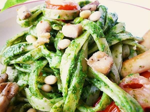 青醬義大利麵 pesto pasta