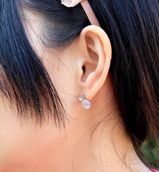 美吧^o^我的925純銀系列_單鑽貓眼石耳環