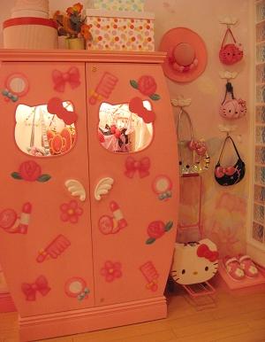 我也想要這麼可愛的衣櫃 = =+