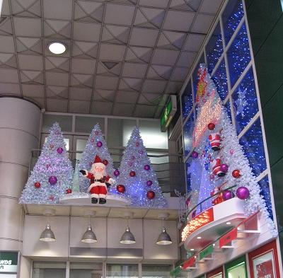 Sunshine City也開始有聖誕老公公了