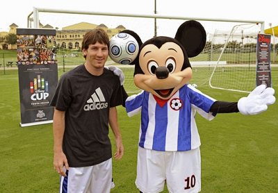 messi_and_mickey.jpg
