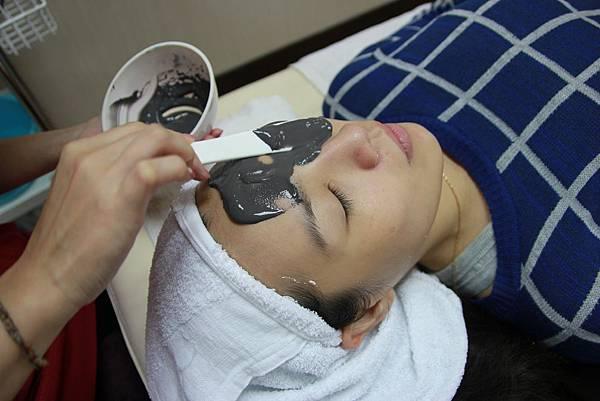 valvola法莫拉→打造肌膚的止水閥→控油收縮毛孔護理 (4).JPG