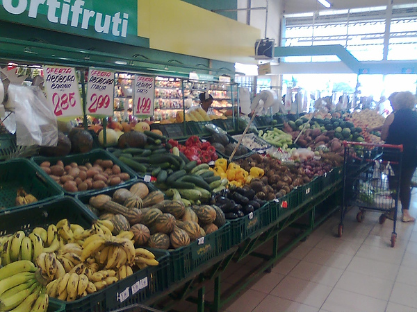 fruit supermarket