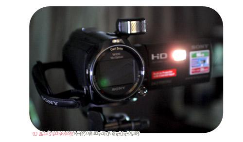 SONY-Handycam-PJ790V08