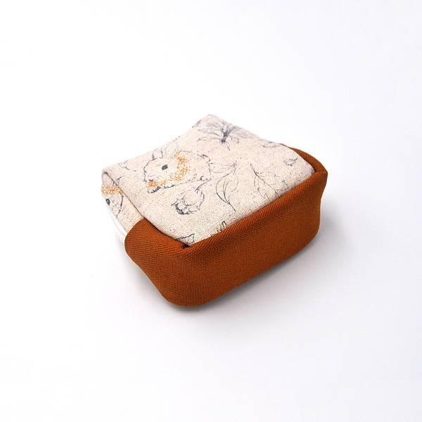 盒零包01-背面與底部