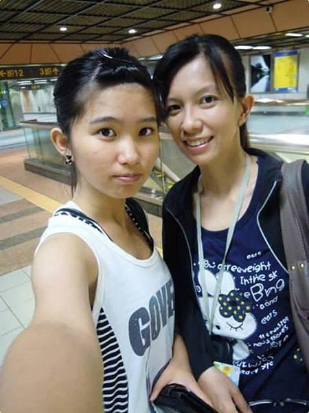 102-6-13萬華捷運站