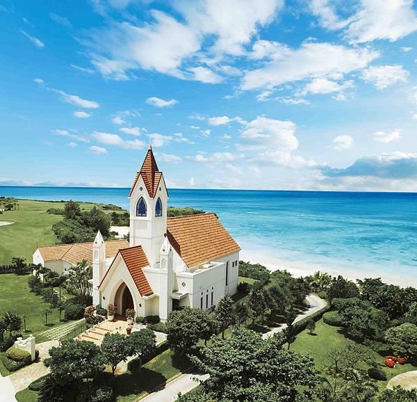 教堂外觀全景.jpg