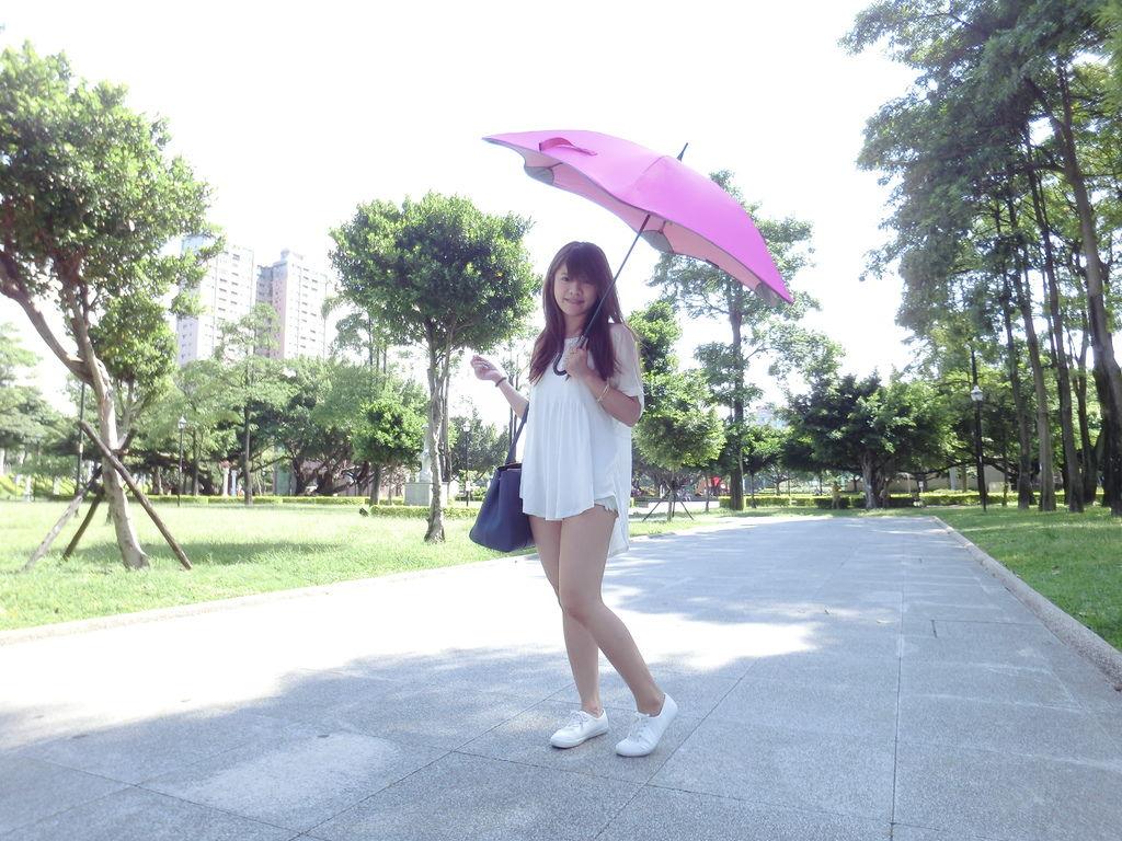 防曬 | 第二彈!!!! 美人夏日必備單品 ❤ 美人傘讓你越撐越美麗