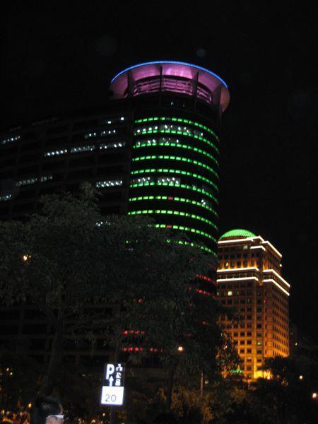 國泰大樓與亞爵會館