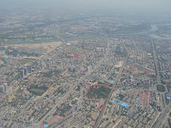 飛機上看北京街景-2