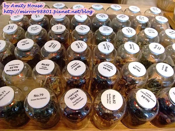 100 Nov smith&hsu(統一阪急台北店) 英式花園午茶組02.JPG