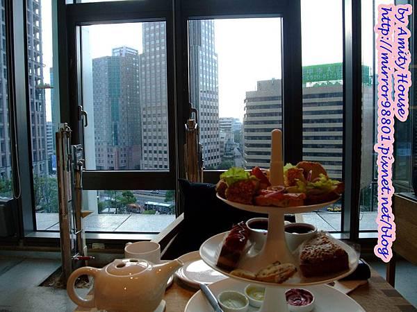 100 Nov smith&hsu(統一阪急台北店) 英式花園午茶組14.JPG