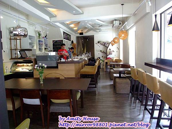 blog 1010304 Pillow Cafe11