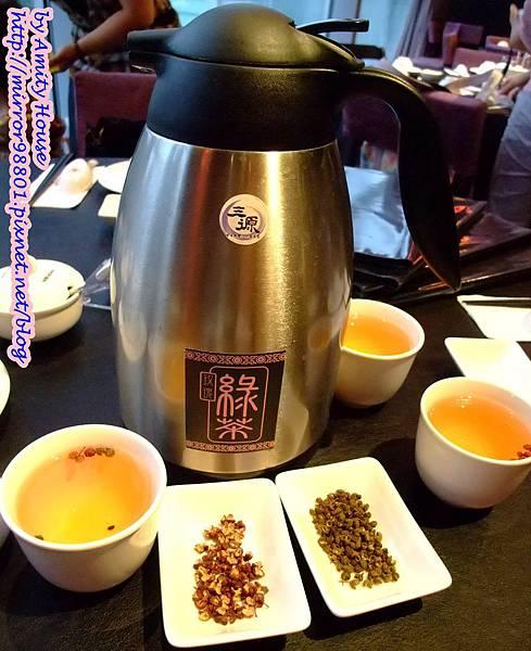 blog 101 Jun 三源中華料理小籠湯包02