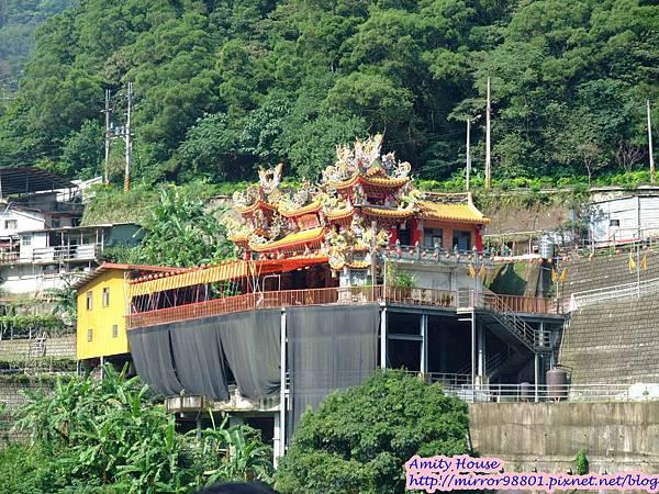 1010917泰雅in烏來 享吃又享玩 2012悠遊部落13烏來最大間的廟宇