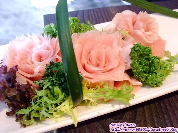 101 Nov 寬巷子鍋品美食 麻辣鴛鴦鍋26頂級松板豬肉又稱黃金六兩