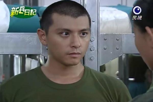 新兵日記第21集 羅剛(唐豐)10.jpg