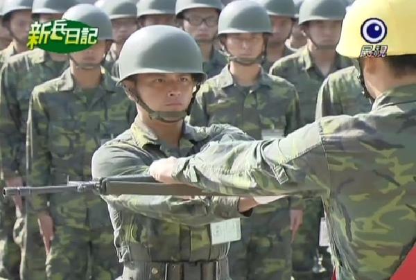 新兵日記第4集 羅剛(唐豐)19.jpg