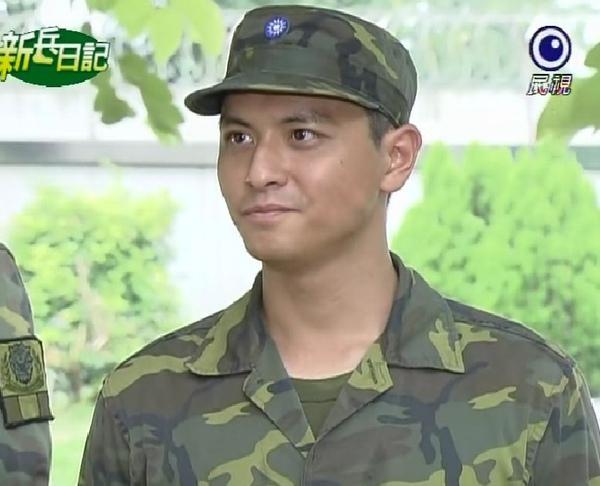 新兵日記第26集 羅剛(唐豐)19.jpg