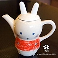 20111012 猜猜看-可愛茶具組 (2).jpg
