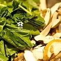 20120405 香菇炒青菜 (1)