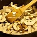 20120405 香菇炒青菜 (2)