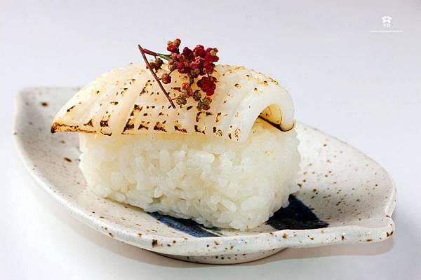 20121205 紅藜花枝米飯團